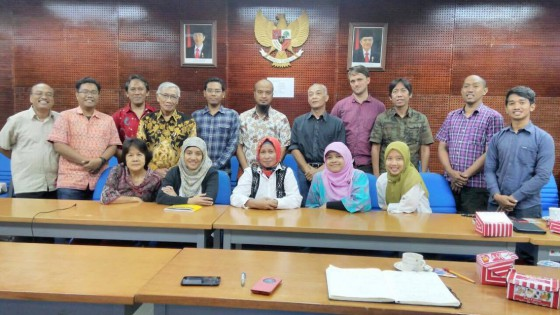 Members of the Indonesia Forum for Threatened Trees